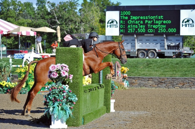 The Impressionist and Chiara Parlagreco on the way to victory in the $250,000 HITS Junior/Amateur Hunter Prix.